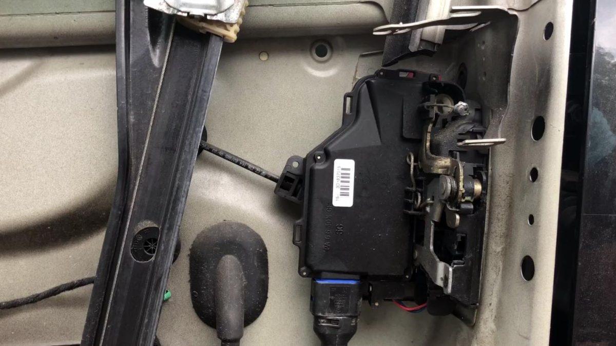 Vw Golf Mk Jetta Passat Touran Door Lock Module Removal Replacement X