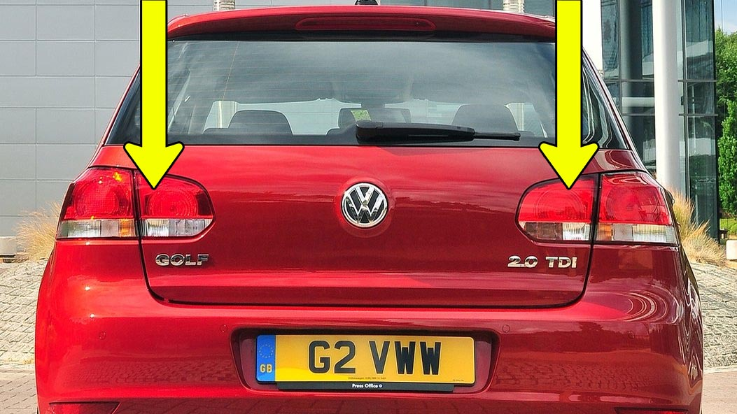 How to remove VW Golf Mk6, Rabbit tail light in 7 simple steps
